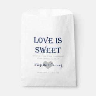 Sacolinha O amor é as bolsas doces do casamento do marinho e