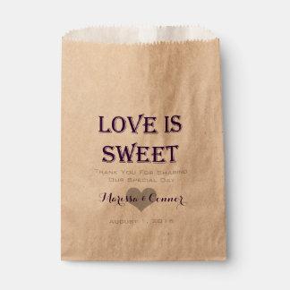Sacolinha O amor é as bolsas roxas escuras doces do