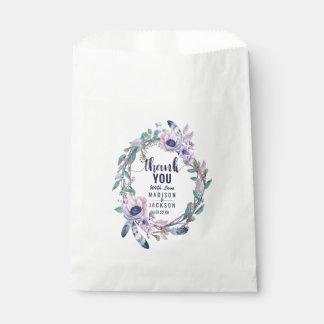 Sacolinha Pena de Boho & obrigado floral do casamento da