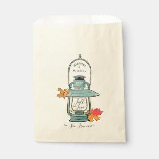 Sacolinha Queda no casamento das folhas e da lanterna de