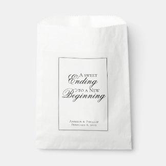 Sacolinha Saco preto e branco elegante do favor do casamento