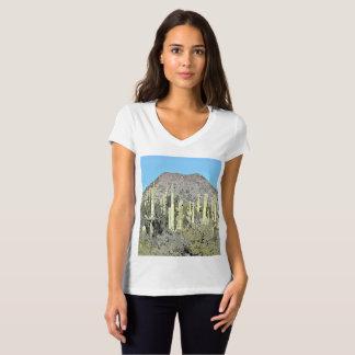 Saguaros de Tonto na camiseta das mulheres dos