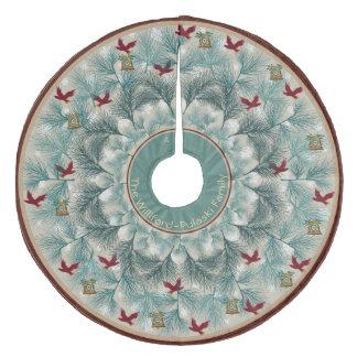 Saia Para Árvore De Natal De Lã Pássaros vermelhos e pinho Wispy personalizados