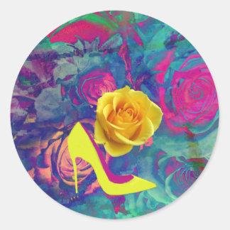 Saltos altos e flor adesivo
