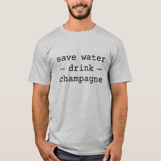 Salvar a camisa do champanhe da bebida da água