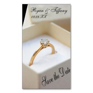 Salvar o anel de noivado da data na caixa