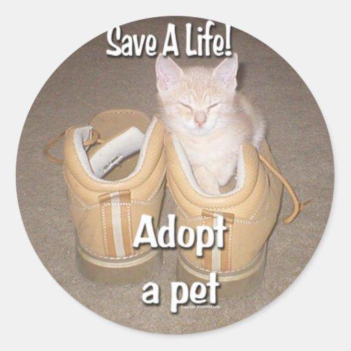 Salvar uma vida adotam um animal de estimação adesivo em formato redondo