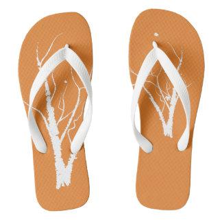 Sandálias da árvore do outono