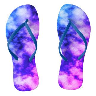 Sandálias do impressão da nuvem da Laço-Tintura