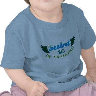 Santo pequeno no treinamento 'T do bebê de 10 cris Tshirts