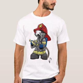 Sapador-bombeiro pequeno camisetas
