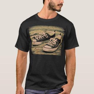 Sapatilhas pretas camiseta