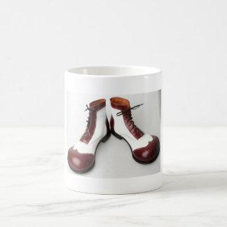 Sapato de palhaço caneca