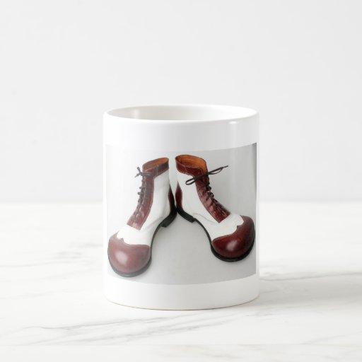 Sapato de palhaço canecas