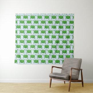 Sapos engraçados brancos e tapeçaria verde da