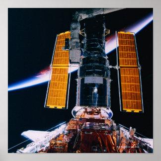 Satélite que lança-se do vaivém espacial impressão