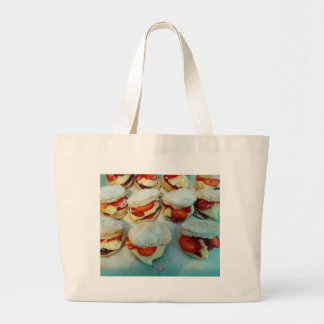 Scones/bolos da morango bolsas para compras