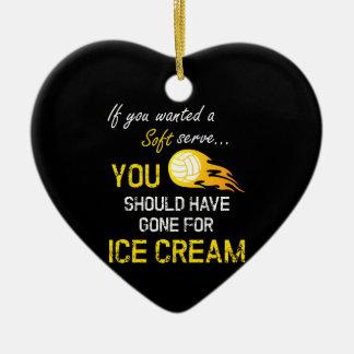 Se você quis um macio servir o sorvete - voleibol ornamento de cerâmica