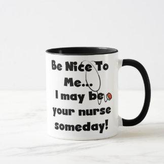 Seja caneca agradável da enfermeira