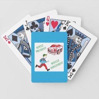 Seja cauteloso, conduza lentamente, sinal de baralhos de carta