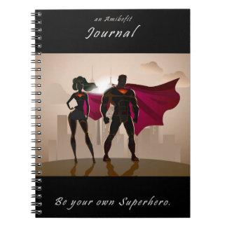 Seja seu próprio super-herói - um jornal de caderno espiral