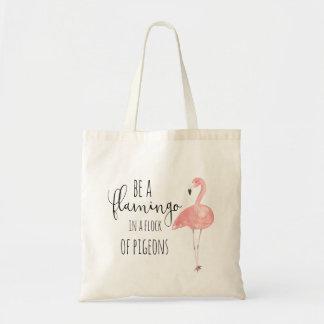Seja um flamingo em um rebanho do bolsa dos pombos