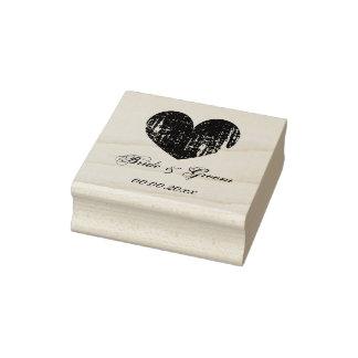 Selo de madeira do casamento da arte com coração e carimbo de borracha