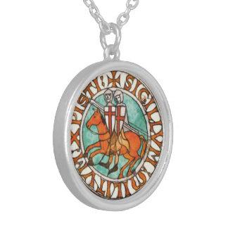 Selo dos cavaleiros Templar Colar Banhado A Prata