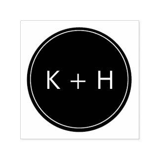 Selo minimalista do monograma do casamento carimbo auto entintado
