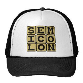 Semicolon, tipo de pontuação boné