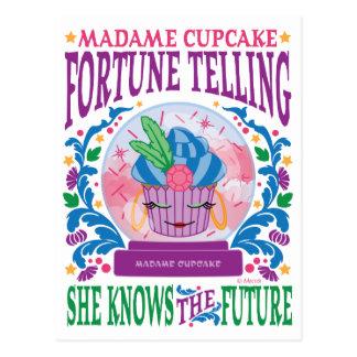 Senhora Cupcake Fortuna Telling Cartão Postal