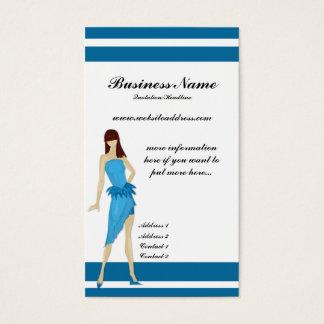 Senhora em cartões de visitas azuis de um na moda
