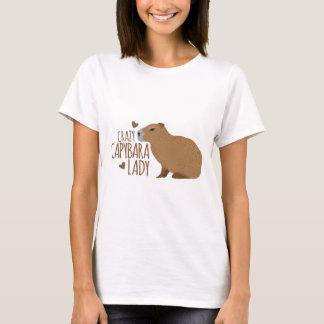 senhora louca do capybara camiseta