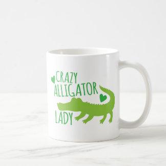 senhora louca do jacaré caneca de café