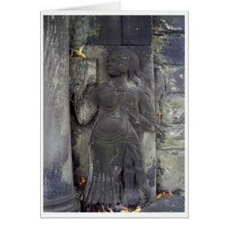 Senhora no cartão de pedra