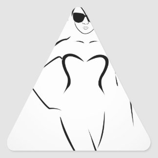 Senhora que veste máscaras e terno de natação adesivo triangular