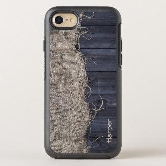 Serapilheira e madeira rústicas do celeiro com seu capa para iPhone 7 OtterBox symmetry