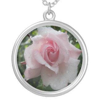 série floral, acessórios colar banhado a prata