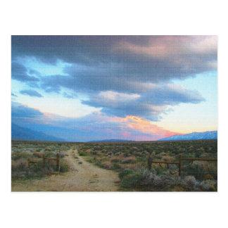 Serra oriental paisagem - vale de Owens Cartão Postal