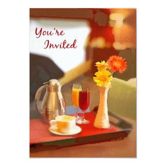 Serviço de café em uma bandeja você é convidado convites personalizados