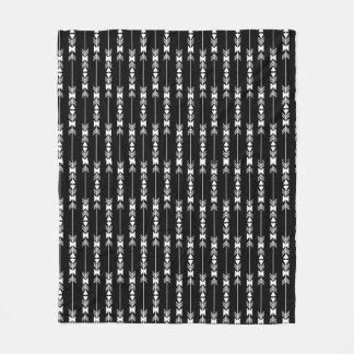 Setas brancas no asteca preto do fundo cobertor de lã