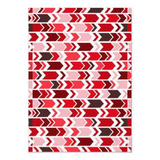 Setas robustas de Chevron vermelhas & brancas Convite 12.7 X 17.78cm