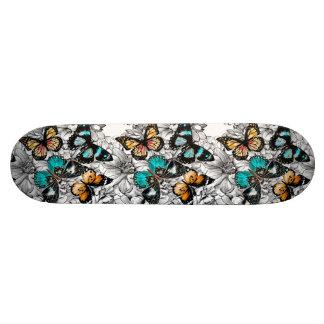 Shape De Skate 18,1cm Teste padrão colorido do esboço das borboletas