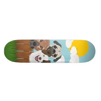 Shape De Skate 18,4cm Cães afortunados da ilustração em uma cerca de