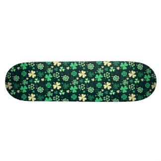 Shape De Skate 20cm Teste padrão afortunado verde escuro do trevo de