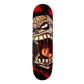 Shape De Skate 21,6cm Crânio do zombi com sangue