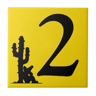 Siesta pelo azulejo quente do dos dois do número 2