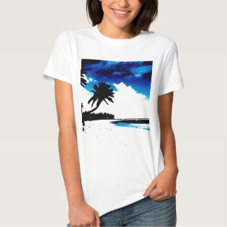 Silhueta branca da palmeira do preto azul t-shirt
