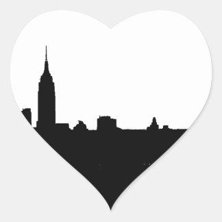 Silhueta preta & branca de New York Adesivo Coração