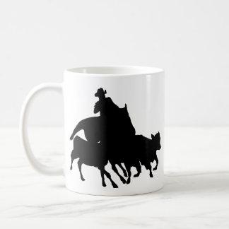 Silhuetas - cavalos - encerrar da equipe caneca de café